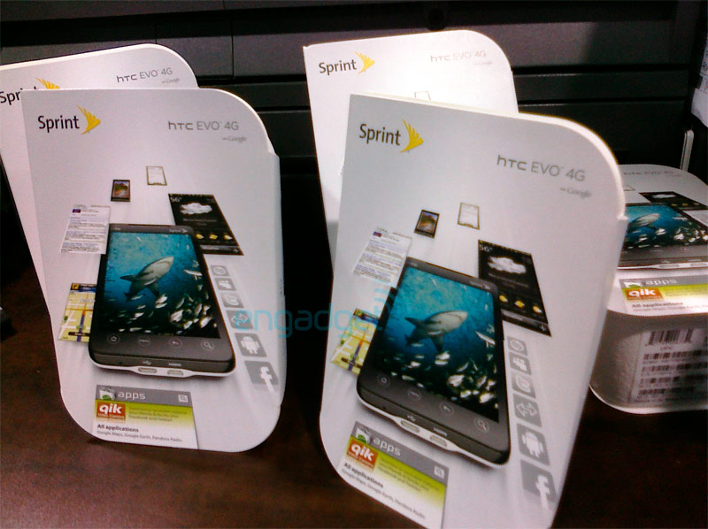White HTC EVO 4G shows up at Best Buy a few days early