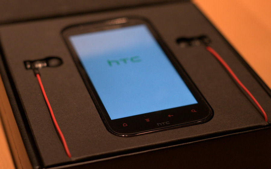 Android 4.0 update for the HTC Rezound now available
