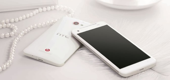 White HTC Butterfly heading to China gets 400K pre-orders in one day