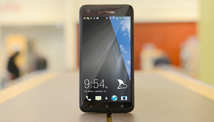 HTC: Droid DNA to get Android 4.4 update in Q1, HTC One update rollout still on track