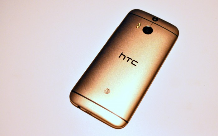 Hands-on pictures of the HTC One (M8) Amber Gold