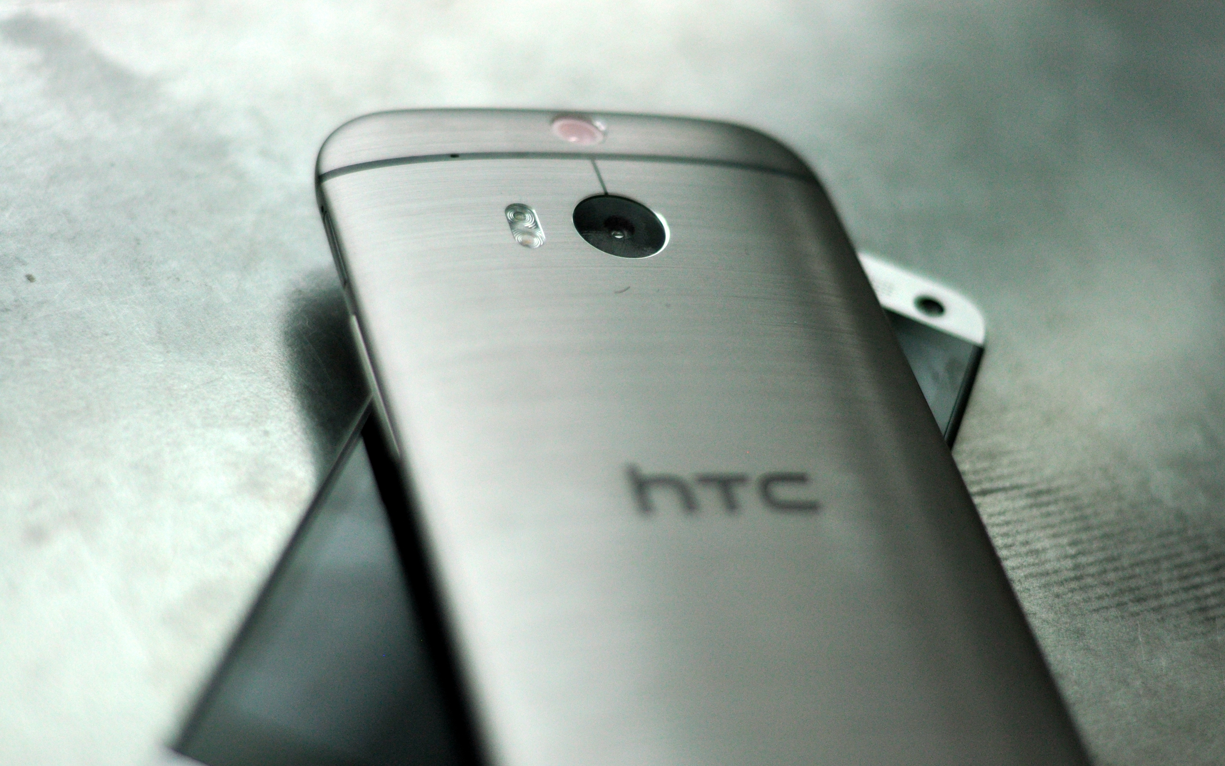 Plastic HTC One M8 Rumored For Chinese Market