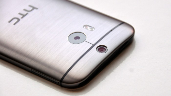Best Buy slashed price of HTC One M8 to $300 – buy one now!
