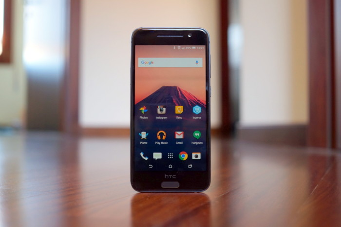 HTC launches offensive to capture 8 percent of India's mid-to-low end smartphone segment